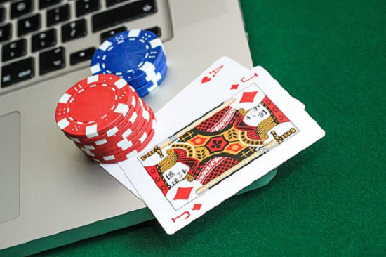 Why people love to play online betting?